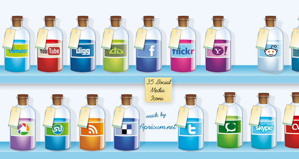Free Social Media Icons designed by Apricum
